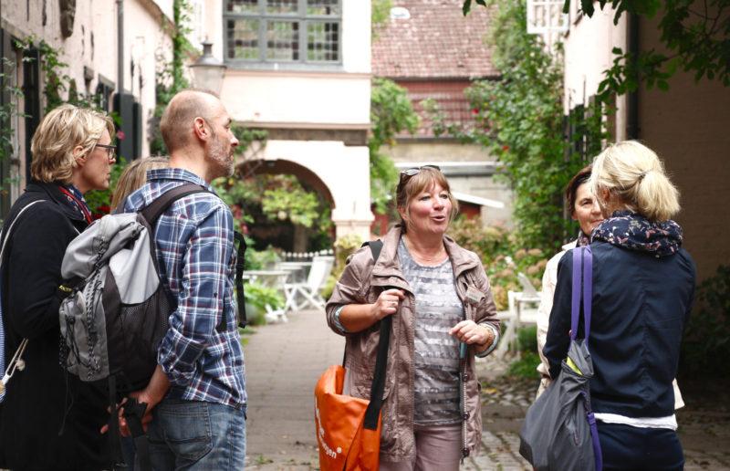 Stadtführungen Lübeck: Tour Durch Die Höfe Und Gänge